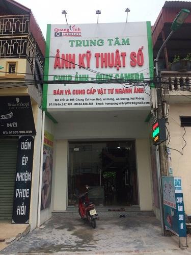 Lắp đặt biển quảng cáo trung tâm ảnh kỹ thuật số Quang Vinh