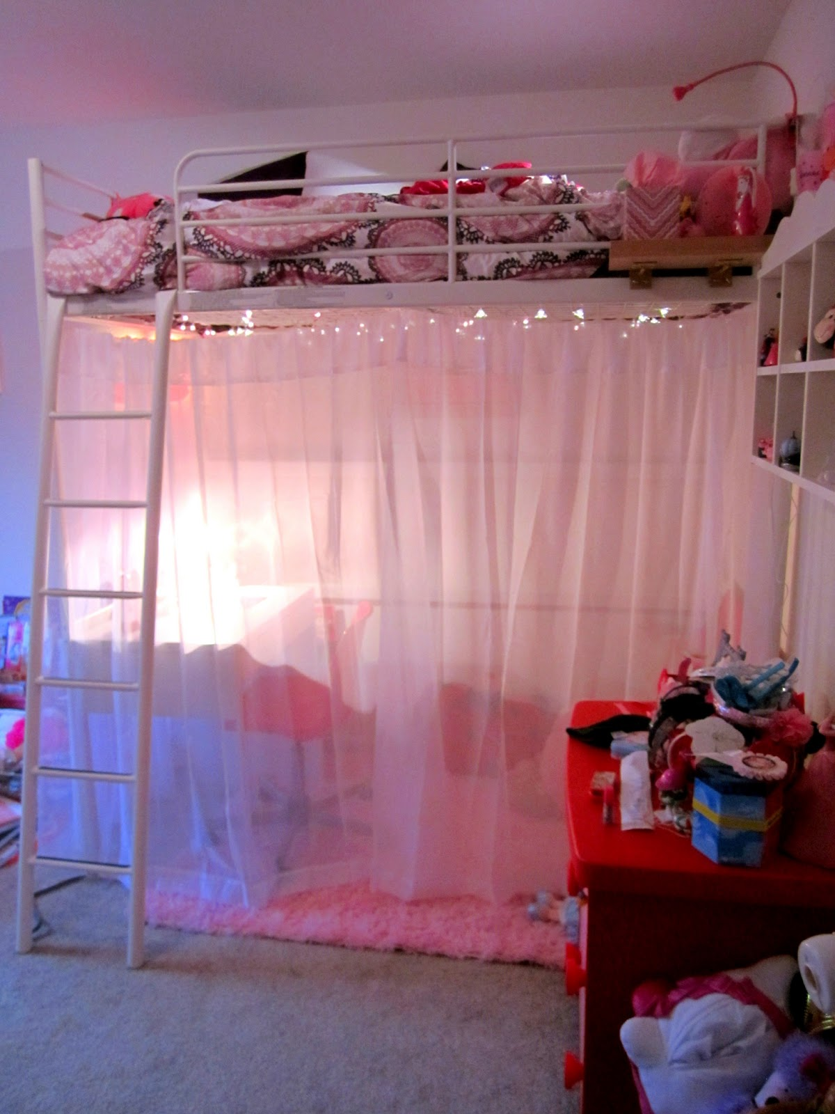 Room Makeover And A Box Bed: The Good Housewife Project: Abby's Room Makeover