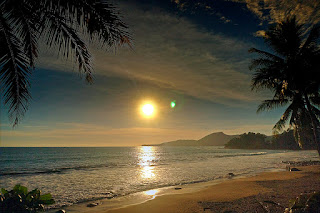 Obyek Wisata Pantai Pelabuhan Ratu Sukabumi