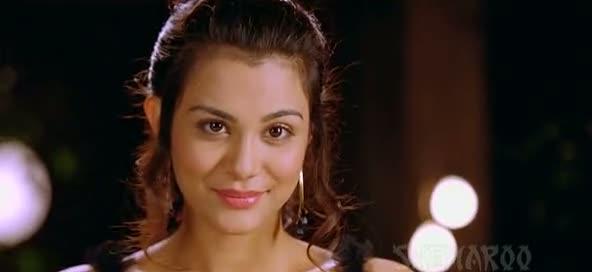 Screen Shot Of Hindi Movie Yeh Jo Mohabbat Hai 2012 300MB Short Size Download And Watch Online Free at worldfree4u.com