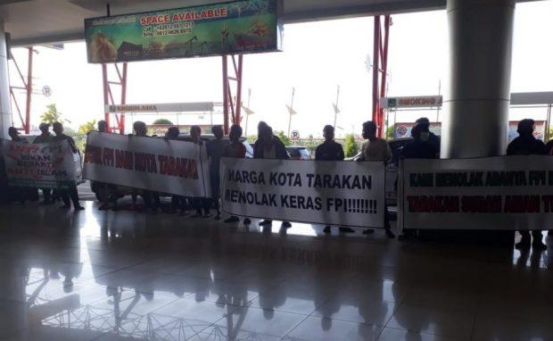 Daftar Tokoh Islam yang Dihadang di Bandara