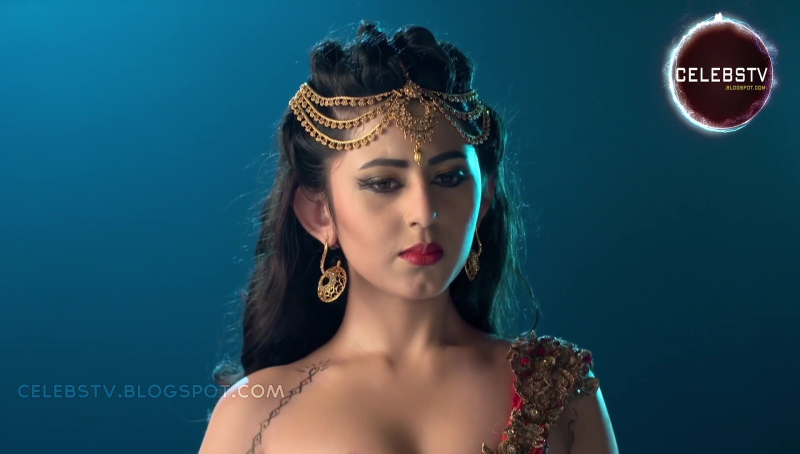 Young Tv Actress Richa Mukherjee Sexy Bare Navel Show -1410