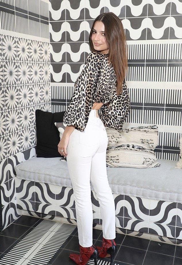 Emily Ratajkowski bares taut abs at the Levis Coachella Brunch
