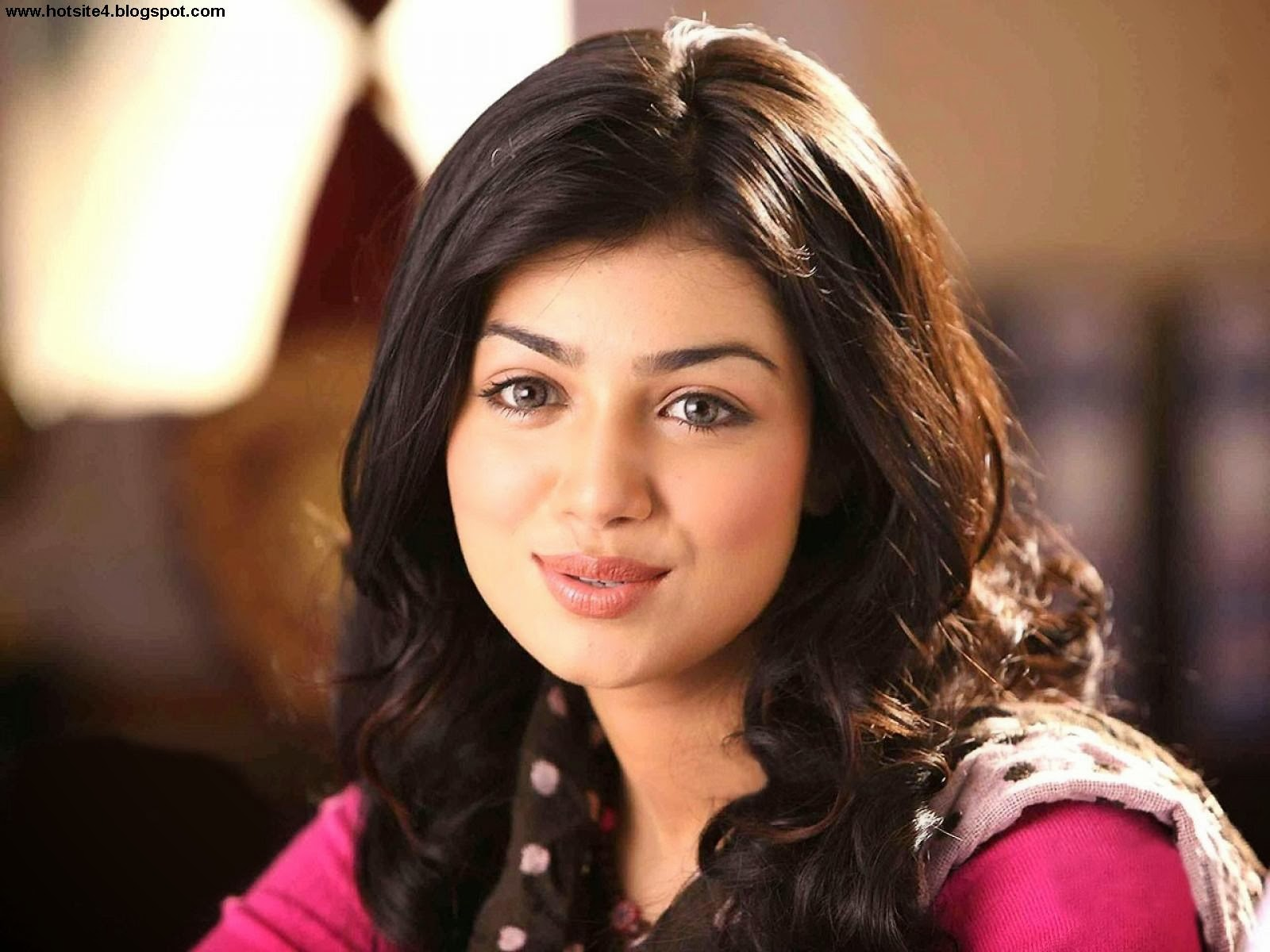 Ayesha Takia Bollywood Actress Hot Wallpaper - Bollywood -4177
