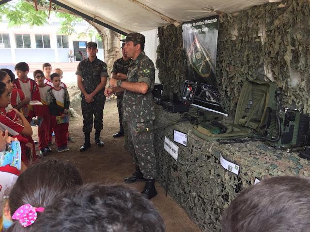 CSJD participa das atividades alusivas ao dia do exército brasileiro no 71º BI Mtz em Garanhuns