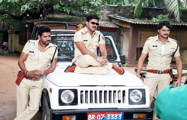 Yash Kumar and Pawan Singh pair together again in Lootere