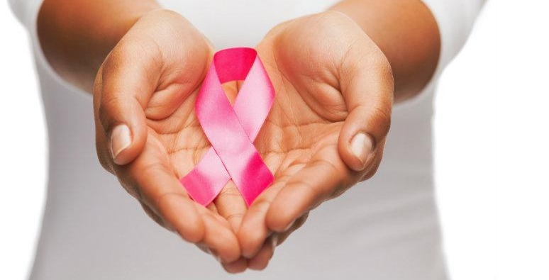 Symptoms of Breast Cancer in Hindi