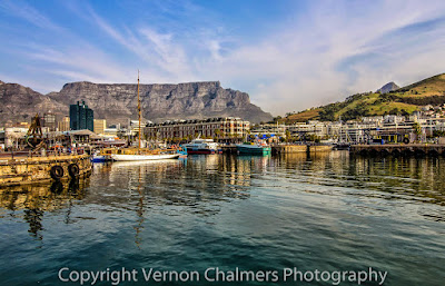 Canon EF-S 10-18mm IS STM Ultra-Wide Zoom Lens - V&A Waterfront / Cape Town