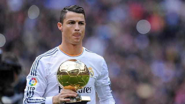 Van der Sar Soal Mengapa Ronaldo Jadi Pemain Terbaik Dunia
