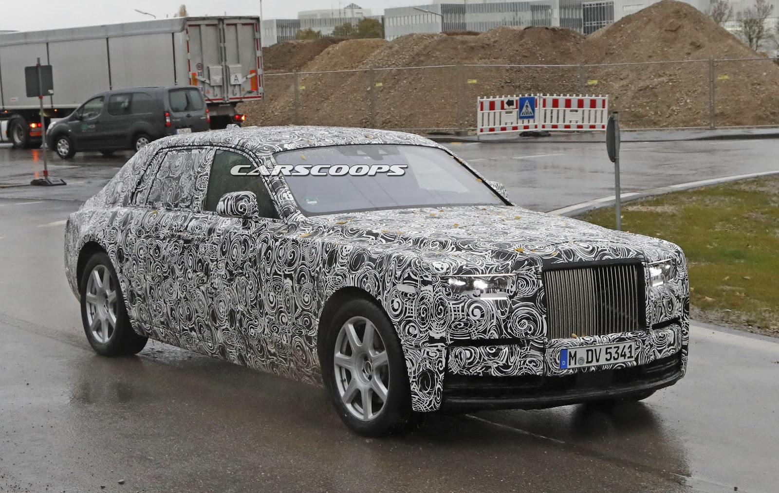 2018-Rolls-Royce-Phantom-4