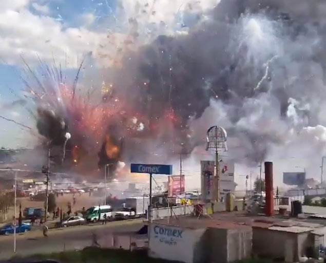 Video: Fireworks factory goes up in explosions