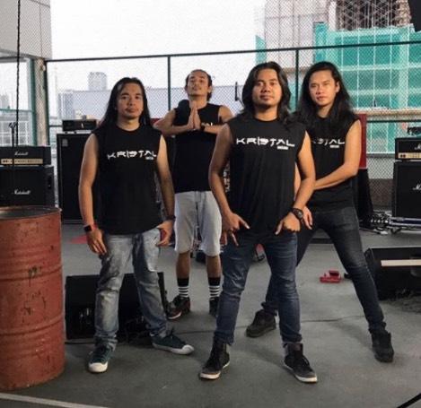 Band Kristal Berpecah, Akhirnya Awie Bersuara!