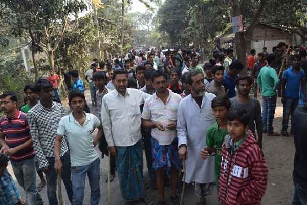 bengal-news-protest-against-power-grid-project-one-shot-dead