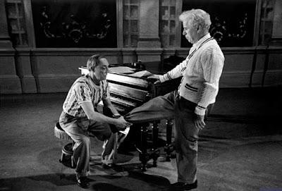 """Чарли Чаплин и Бастер Китон на репетиции """"Огней рампы"""" 2"""