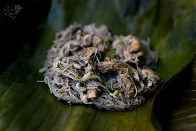 Pad Thai con pollo 01