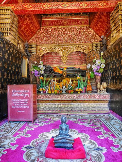 reclinging buddha, wat xiengthong, luang prabang, laos