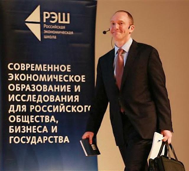 Carter Page ajudou a restabelecer o dirigismo econômico nas mãos do Kremlin