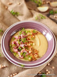 zupa grochowa, zupa krem z grochu, matjasy, sledz matias, zupa z dodatkiem sledzi, danie postne, post, wigilia, sroda popielcowa, popielec