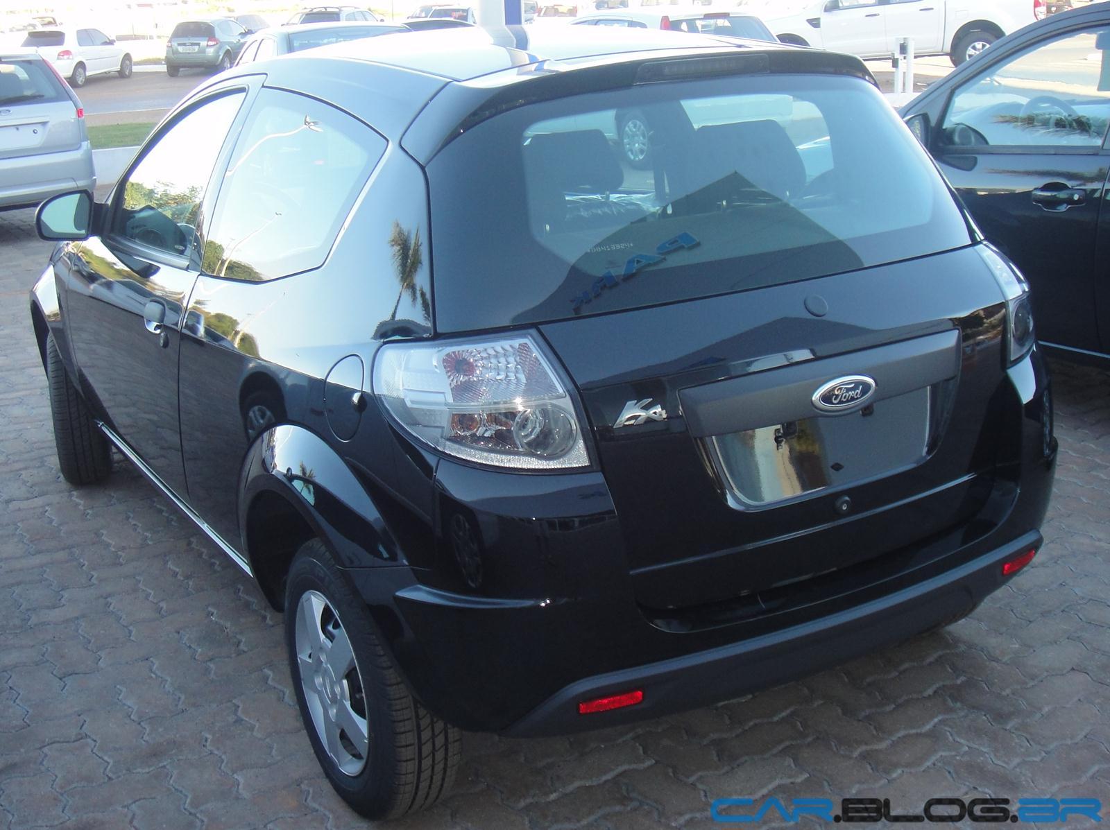 Ford Ka  Traseira