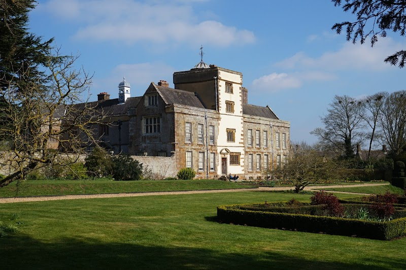 Travel - Canons Ashby
