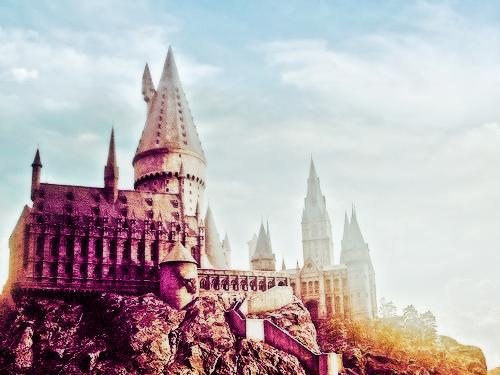 7 Alasan Kenapa Hogwarts Harus Ada