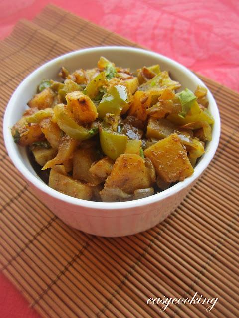 Aloo Capsicum Sabzi | Dry Sabzi for Roti
