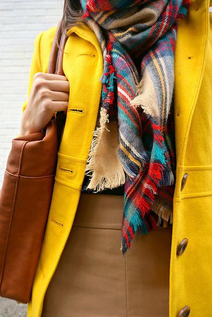 outfits de invierno, como poner color en invierno, look de invierno, como vestir en invierno, looks de oficina, asesora de imagen, july latorre, mislooks, consejos, julieta latorre