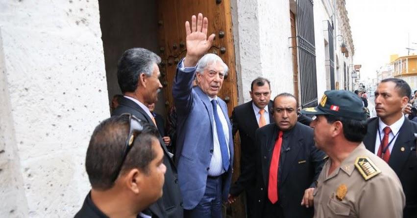 Biblioteca completa de Vargas Llosa llegará a Arequipa en próximos cumpleaños del Nobel
