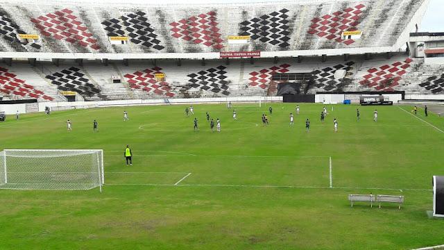 Juniores estreia no estadual com derrota