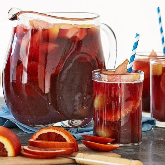 http://www.rachaelraymag.com/recipe/sparkling-pomegranate-sangria-mocktail/?crlt.pid=camp.08FjX8AxsfQP