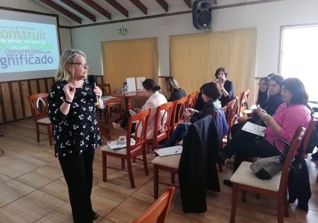 Seminario sobre comprensión lectora en Lago Ranco