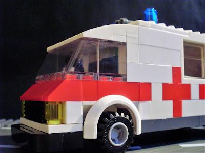 MOC LEGO Ambulância