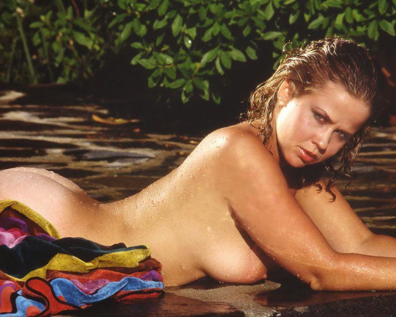 Isla blair topless tits - 3 4