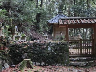 高山寺明恵廟
