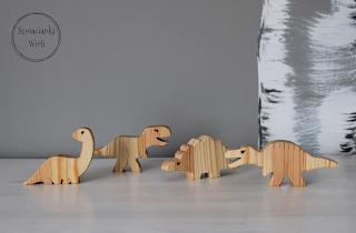 Figurki dinozaurów