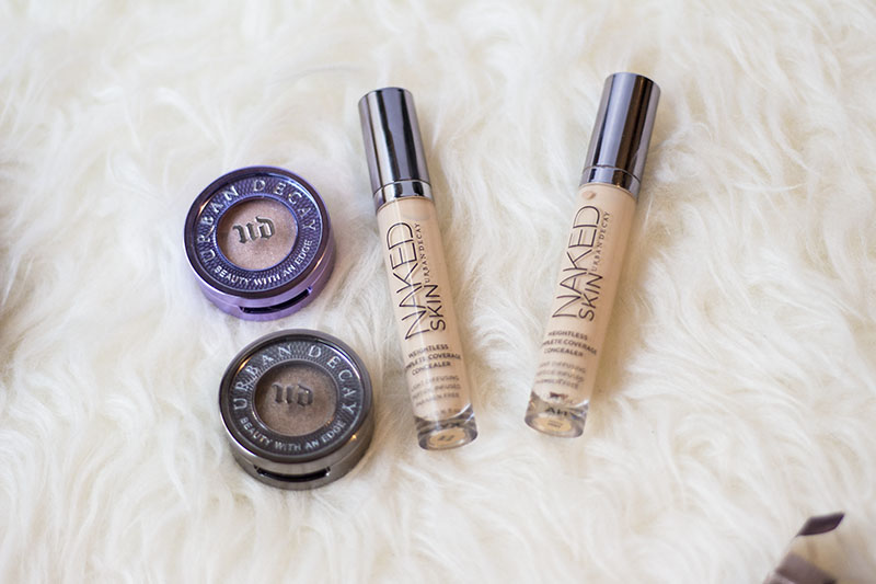 urban decay naked skin weightless concealer light warm