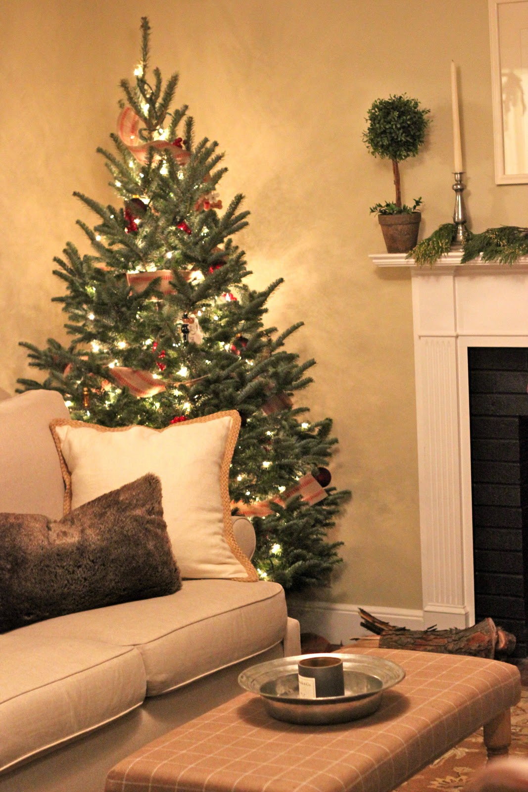 Jenny Steffens Hobick: Holiday Decor | Our Home for the ...