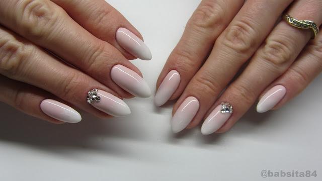 Baseveheinails Babyboomer Nails Cieniowany French Madam Glam