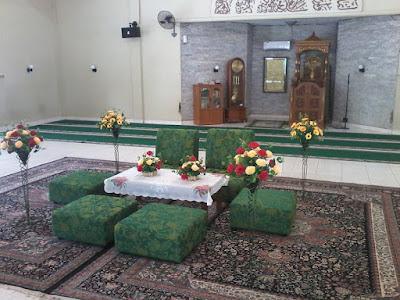 Apakah dibolehkan melangsungkan pernikahan atau akad (nikah) di dalam masjid?