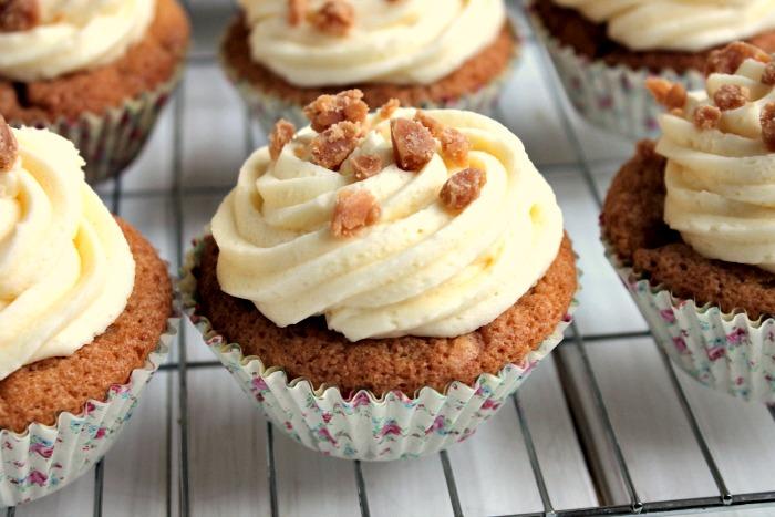 Vanilla Fudge Cupcakes