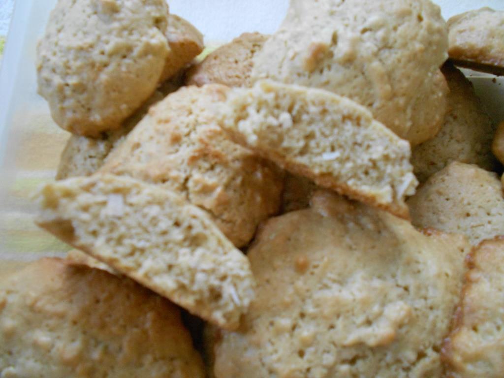 Cake-Like Texture Of Cake Like Oatmeal Drop Cookies