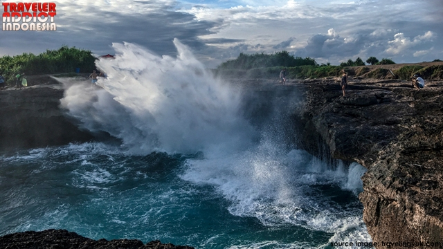Devil's Tears Bay Nusa Lembongan