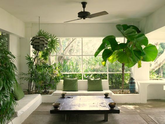 Dazulterra geoffrey bawa in lunuganga Large living room plants