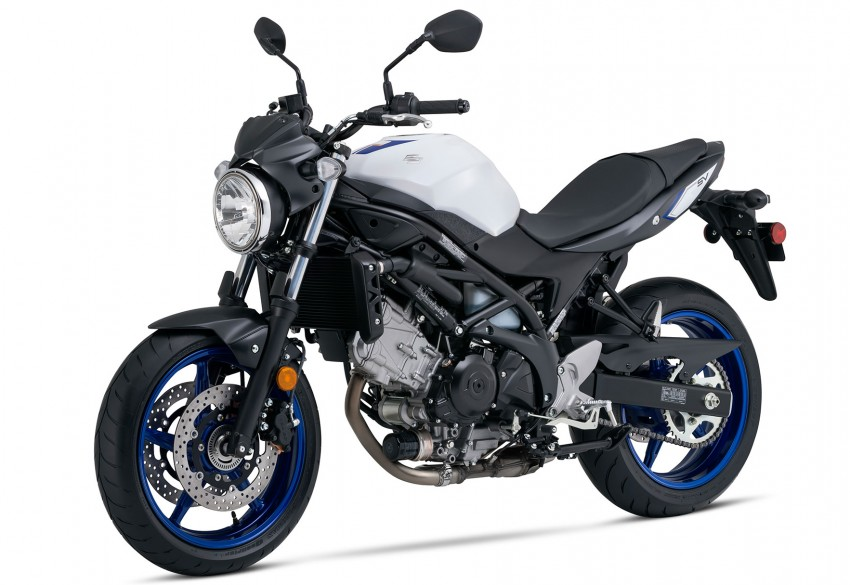 2016 suzuki sv650 review welcome return real riders. Black Bedroom Furniture Sets. Home Design Ideas