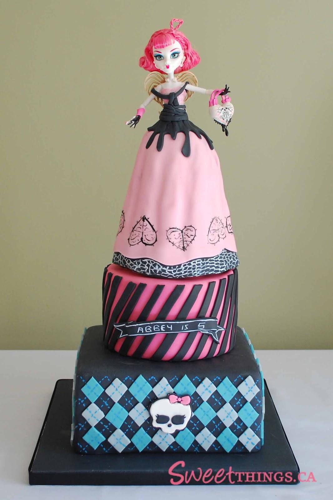 Sweetthings 3 Tier Monster High Cake