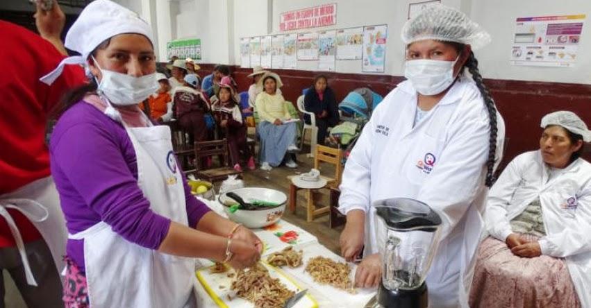 Sesiones demostrativas de preparación de alimentos de Qali Warma capta atención de padres y madres de familia - www.qaliwarma.gob.pe