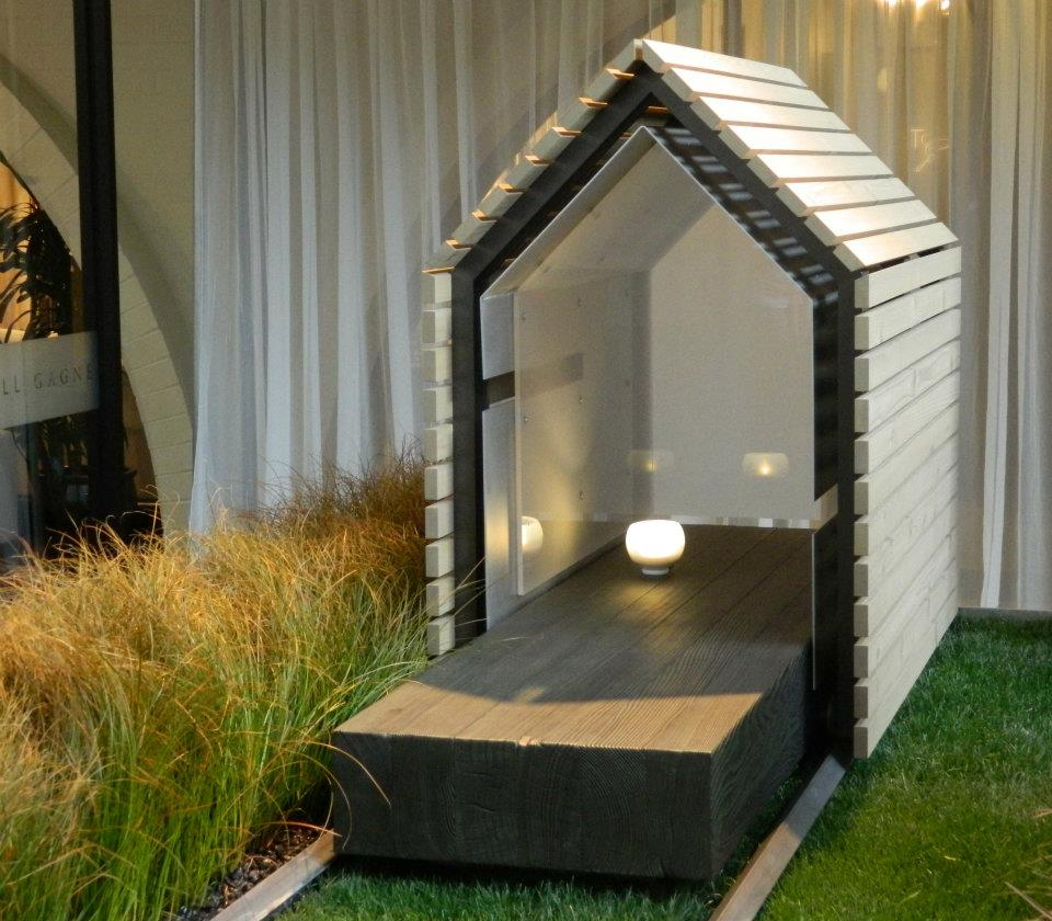 If it 39 s hip it 39 s here archives barkitecture 2012 for Architecture and design dog house