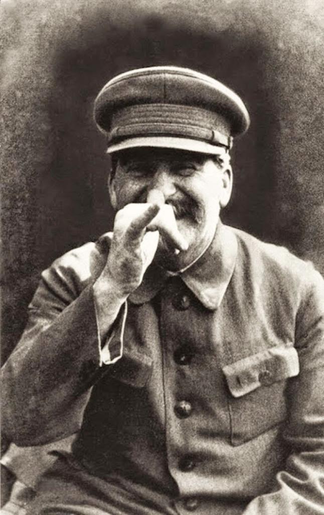 Stalin en una foto extraoficial, tomada por su guardaespaldas Vlasik