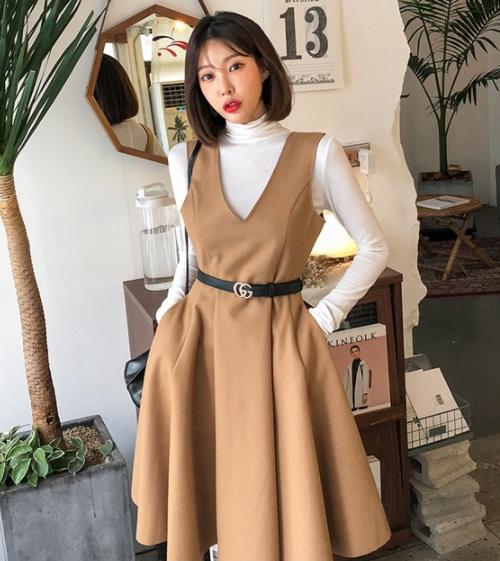 eb5625c69c Dabagirl] V-Neck Flare Hem Dress   KSTYLICK - Latest Korean Fashion ...
