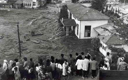 Ο μεγαλύτερος σεισμός στην ιστορία (photos&videos)